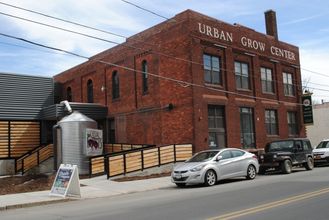 urbangrowcenter2015